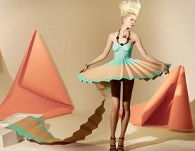 纸质时装将创意进行到底【香港服装学院入门学生创意作品】