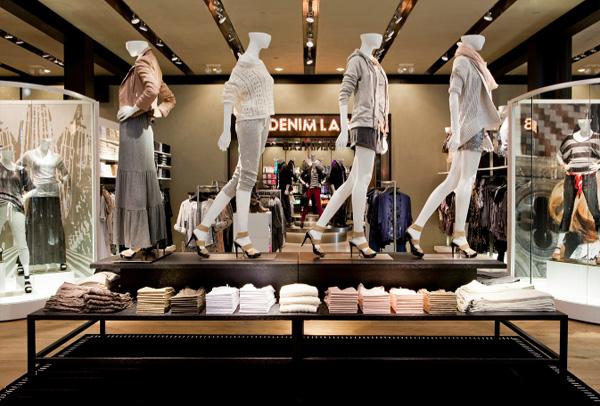 服装店的挂装规则 服装店陈列搭配摆放技巧