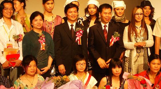 香港服装学院二十五载 助力时尚梦想起航【学子荣誉篇】