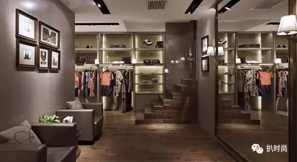 服装陈列如何增加顾客的留店时间